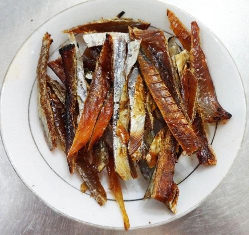 Mẹo nướng cá chỉ vàng đơn giản tại nhà