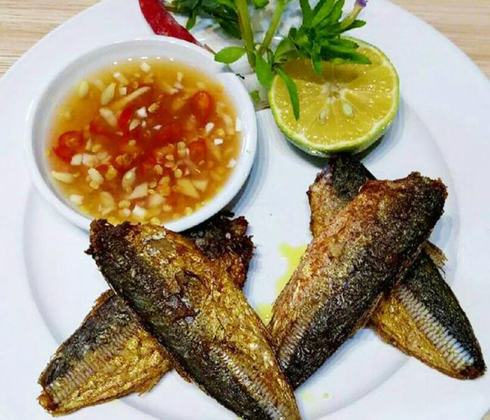 Món cá chỉ vàng tươi rán hấp dẫn